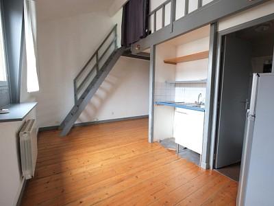 APPARTEMENT T2 A LOUER - LILLE MONTEBELLO - 30 m2 - 600 € charges comprises par mois
