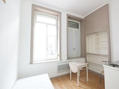 APPARTEMENT T1 A LOUER - LILLE VAUBAN - 13,22 m2 - 404,24 € charges comprises par mois