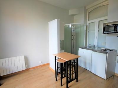 STUDIO A LOUER - MOUVAUX - 13 m2 - 300 € charges comprises par mois