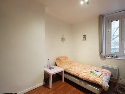 STUDIO A LOUER - LILLE VAUBAN - 15,08 m2 - 400 € charges comprises par mois