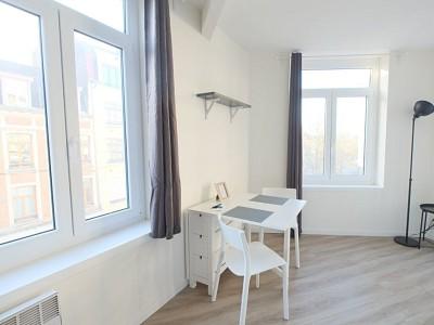 STUDIO A LOUER - LILLE GAMBETTA - 18,28 m2 - 540 € charges comprises par mois