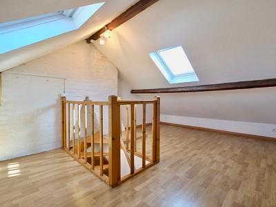 IMMEUBLE DE RAPPORT A VENDRE - LILLE MOULINS - 72 m2 - 165000 €