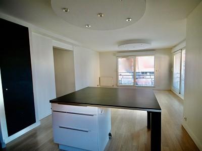 APPARTEMENT T3 A VENDRE - MOUVAUX - 67 m2 - 264000 €