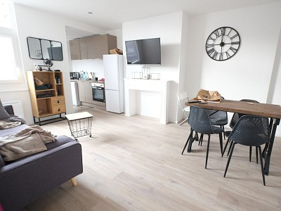 CHAMBRE A LOUER - LILLE CENTRE - 15,7 m2 - 520 € charges comprises par mois