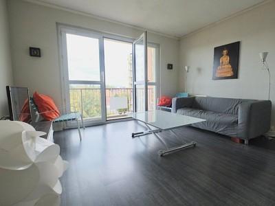 APPARTEMENT T3 A VENDRE - LILLE ESQUERMES - 55 m2 - 117000 €