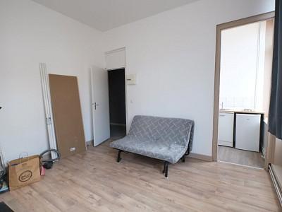 STUDIO A LOUER - LILLE ESQUERMES - 19 m2 - 500 € charges comprises par mois