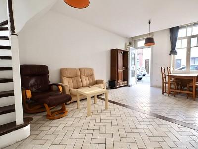 MAISON A LOUER - LILLE MOULINS - 57 m2 - 1290 € charges comprises par mois