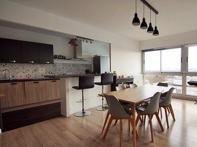 APPARTEMENT T4 A VENDRE - LAMBERSART - 104 m2 - 314000 €
