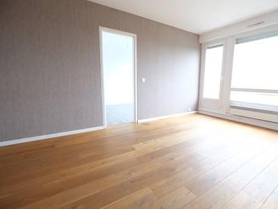 APPARTEMENT T2 A VENDRE - WATTIGNIES - 42 m2 - 96000 €
