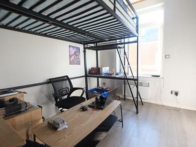 APPARTEMENT T1 A VENDRE - LILLE ST MICHEL - 16 m2 - 85000 €