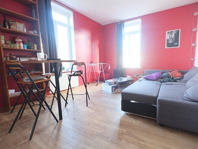 APPARTEMENT T2 A VENDRE - LILLE ST MICHEL - 38 m2 - 148000 €