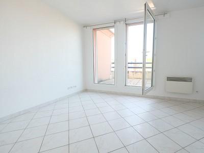 APPARTEMENT T1 A VENDRE - LILLE CORMONTAIGNE - 24 m2 - 133000 €
