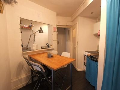 CHAMBRE A LOUER - LILLE CENTRE - 15,33 m2 - 400 € charges comprises par mois