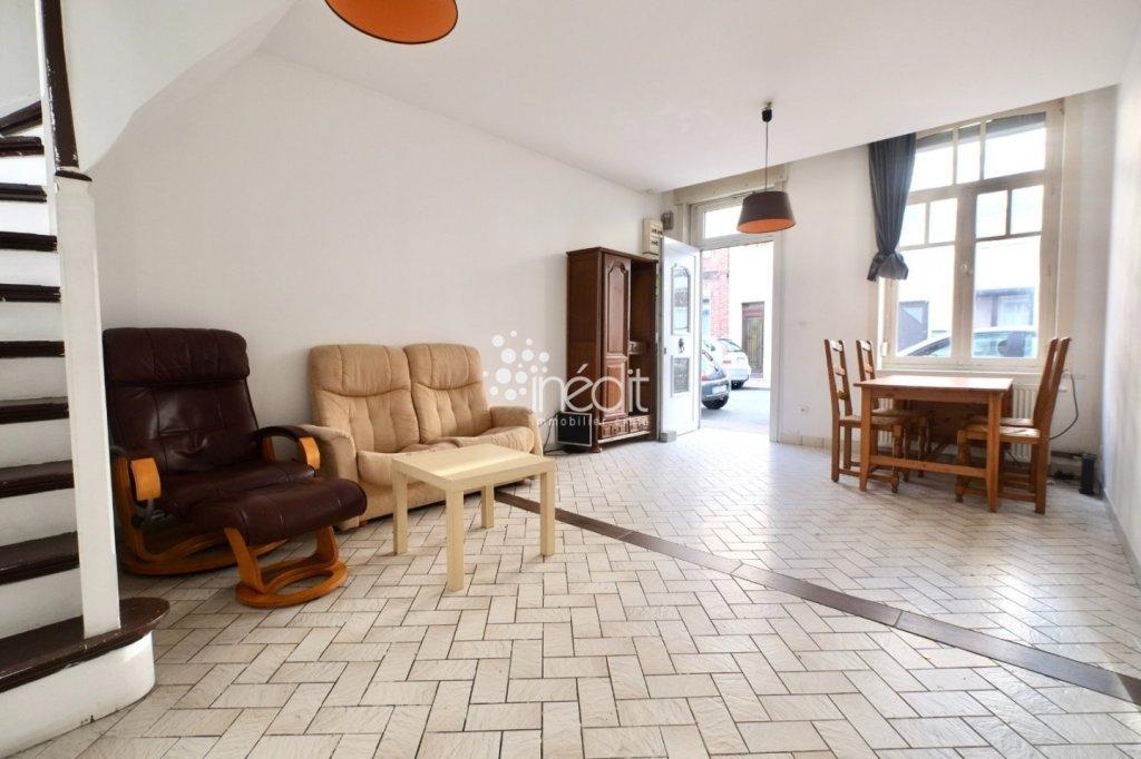 CHAMBRE A LOUER - LILLE MOULINS - 19 m2 - 380 € charges comprises par mois