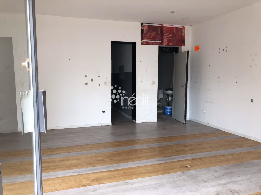 LOCAL COMMERCIAL A VENDRE - LILLE CORMONTAIGNE - 42 m2 - 75 000 €