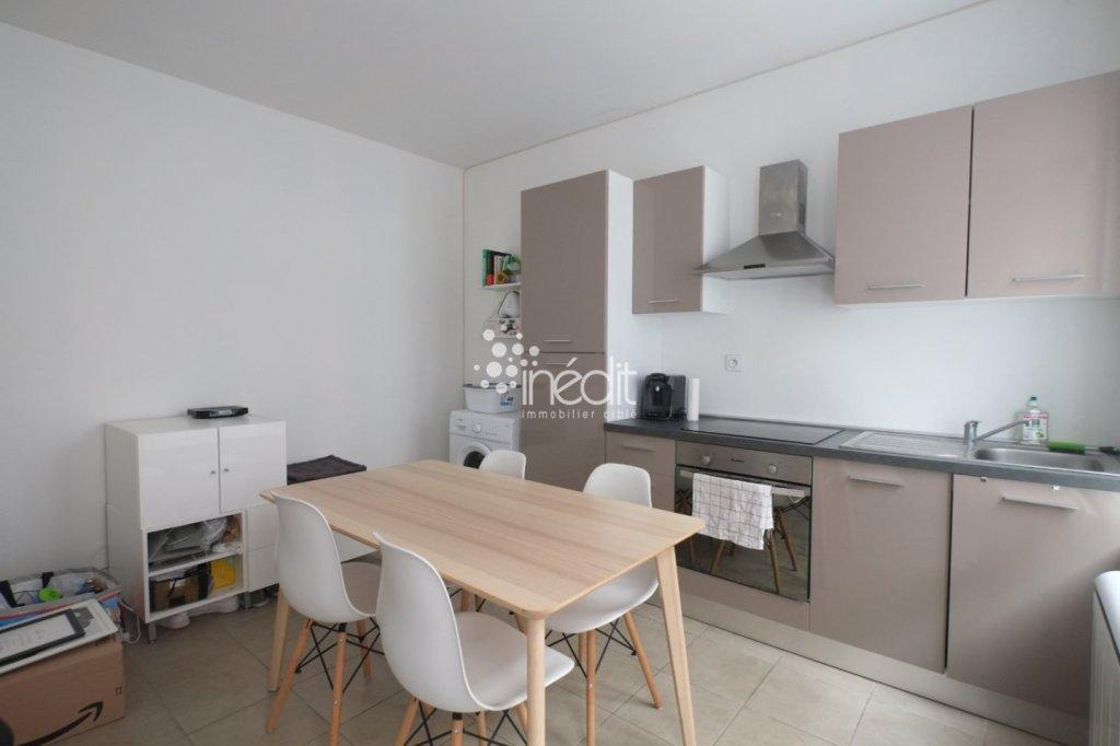 APPARTEMENT T2 A LOUER - LA MADELEINE - 39,72 m2 - 615 € charges comprises par mois